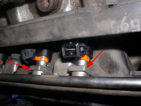Fuel Injector How to Replace a Fuel Injector